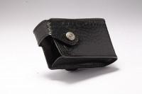 Чехол из натуральной кожи ACC-802BK для инсулиновых помп Medtronic (черный, вертикальный)